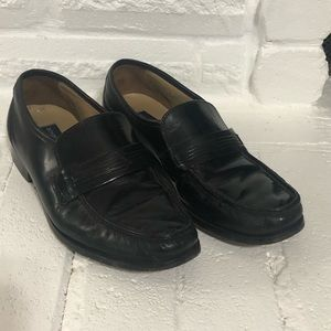 Bostonian black leather loafers.